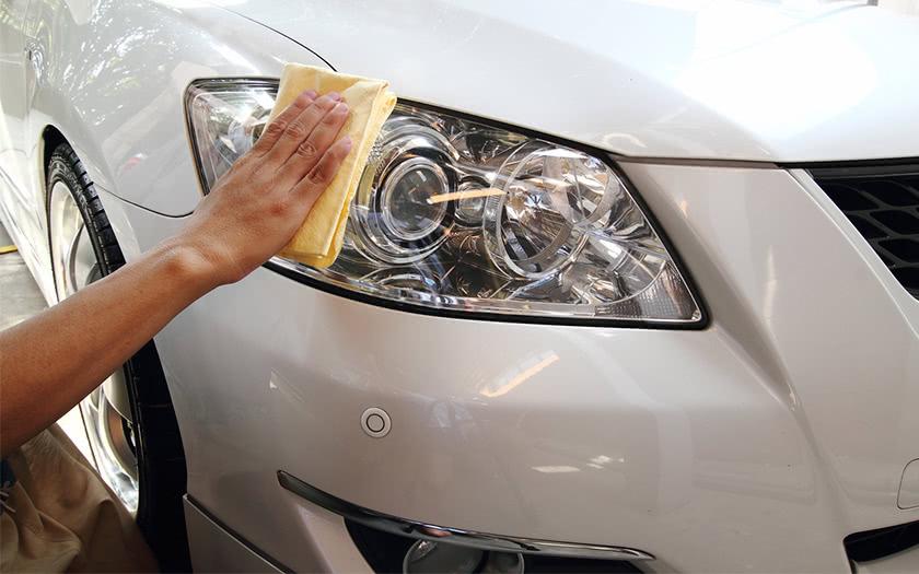 ลดอุบัติเหตุจากการขับขี่ ด้วยการดูแลไฟหน้ารถยนต์