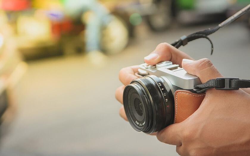 แนะนำกล้อง Mirrorless ยอดนิยม เหมาะสำหรับมือใหม่ ในงบ 20,000 บาท