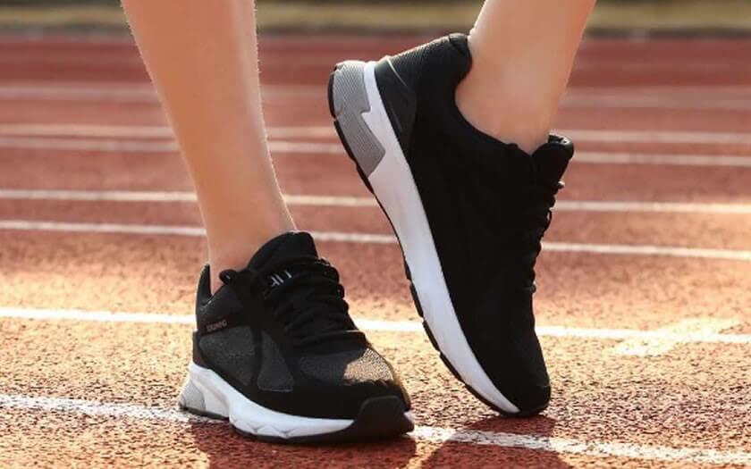Nike ชิดซ้าย! Xiaomi เปิดตัวรองเท้าวิ่งอัจฉริยะ 90 Minutes Ultra Smart Running Shoes ราคาเพียง 1,5xx บาท เท่านั้น